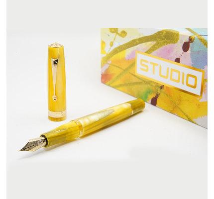 Armando Simoni ASC Studio Pinnacle Yellow with Gold Trim Fountain Pen