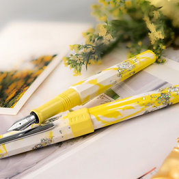 Benu Benu Limited Edition Euphoria Spring Sun Fountain Pen
