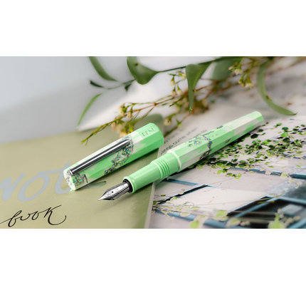 Benu Benu Limited Edition Euphoria Spring Leaf Fountain Pen