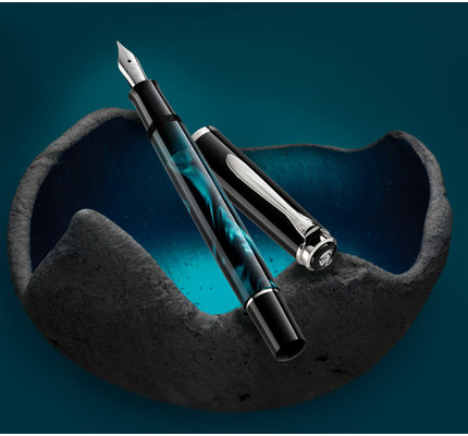Pelikan Pelikan Special Edition Classic 205 Petrol-Marbled Fountain Pen