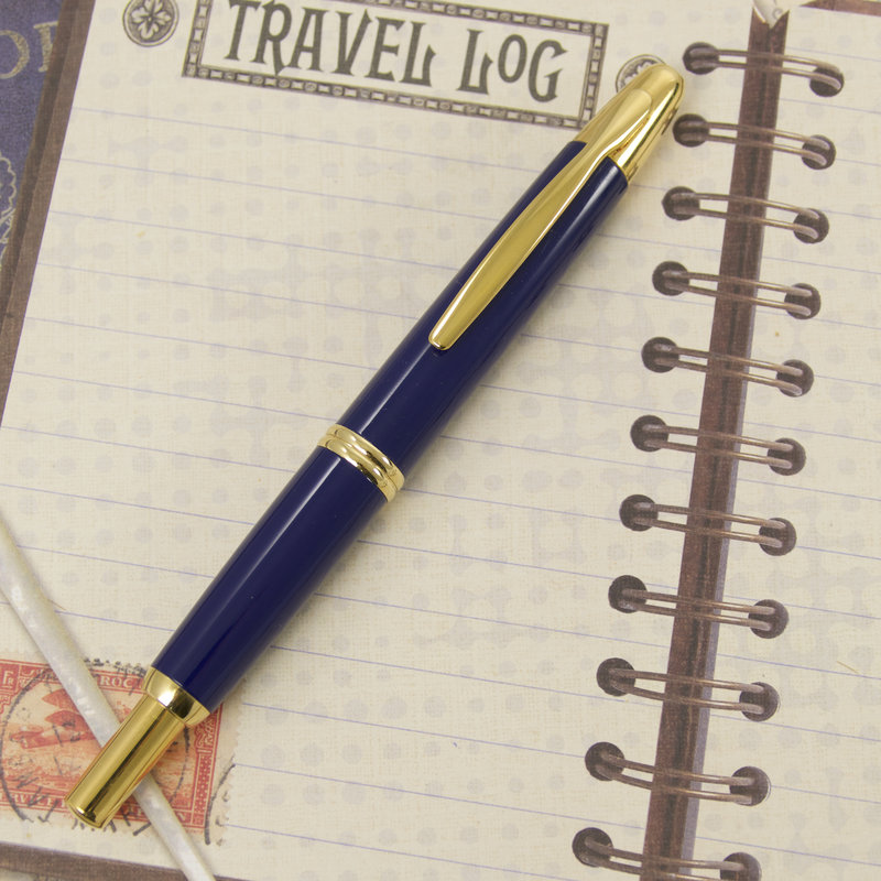 Pilot Pre-Owned Pilot Vanishing Point Blue with Gold Trim Fountain Pen