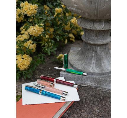 Visconti Visconti Opera Demo Fountain Pen Green Mint