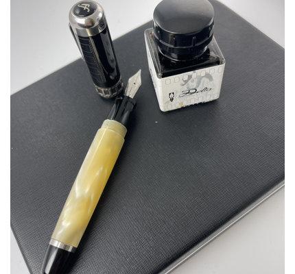 Pre-Owned Delta Federico Fellini Fountain Pen