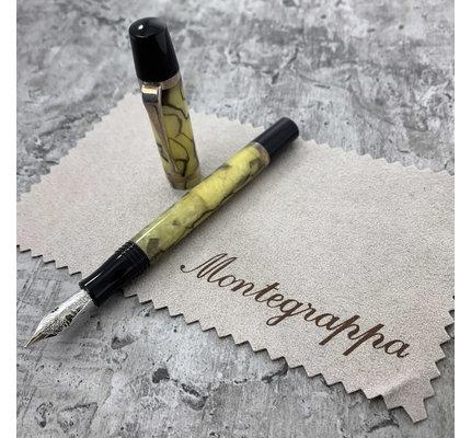 Montegrappa Pre-Owned Montegrappa Limited Edition Nazionale Flex Green Marble Fountain Pen Fine (Retired)