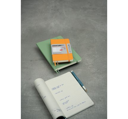 Leuchtturm1917 Leuchtturm1917 2022 Pocket (A6) Softcover Weekly Planner and Notebook with Extra Booklet