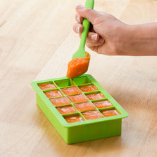 IPLAY Green Sprouts Silicone Baby Food Freezer Tray