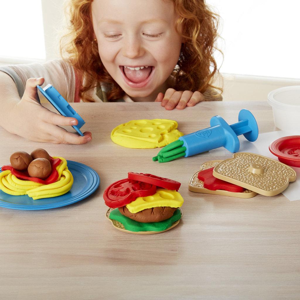 GREEN TOYS Green Toys Meal Maker Dough Set