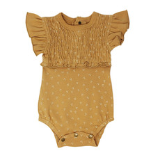 L'OVED BABY L'oved Baby Smocked Short-Sleeve Bodysuit