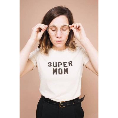THE BEE & THE FOX Super Mom Tee