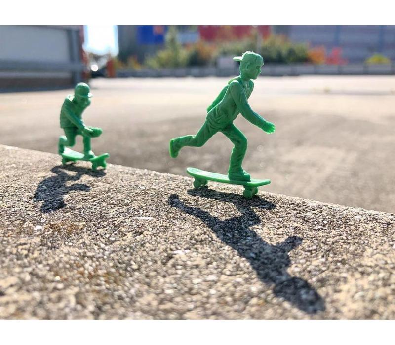 Toy Boarders Skate Green 24 Pack