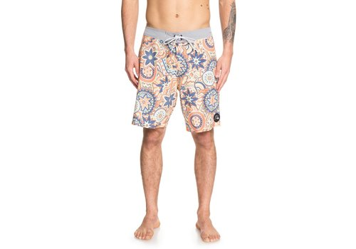 "Quiksilver Quiksilver Highline Dreamer 19"" Flamingo"