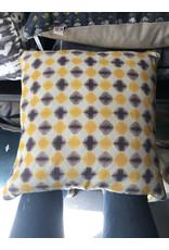 Canvas Pillow - yellow and purple geometric pattern 20 x 20