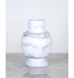 Ground Round Vase - carrara
