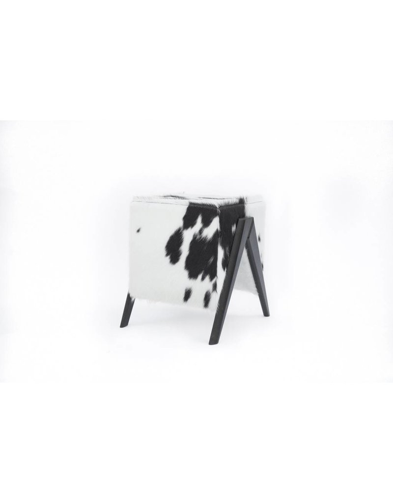 Canjica Stool | Black Cowhide