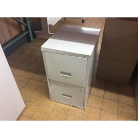 "18x15x25 1/2"" White Metal 2 Dr File Cabinet (9/12/18)"