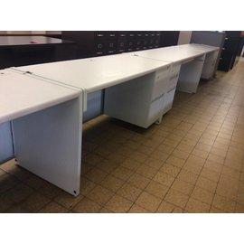 "25x60x30"" White Metal Right Ped Desk (9/20/18)"