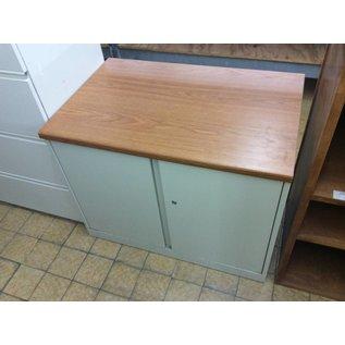"""23 1/2x36x28 1/2"""" Beige storage cabinet (11/7/18)"""