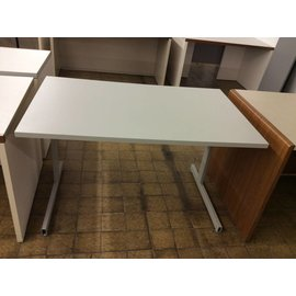 """29 1/2x48x29 1/4"""" beige computer Table with metal legs (11/13/18)"""