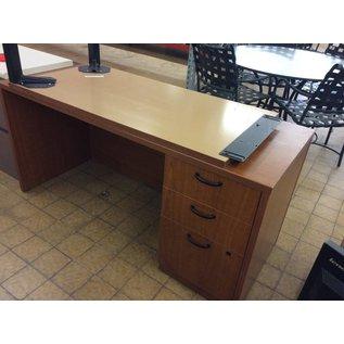 """24x60x28"""" wood Desk right ped. L/return (11/19/18)"""
