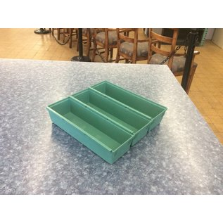 Green plastic 3 tray organizer (12/5/18)