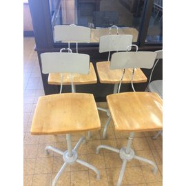 counter height Chair metal frame   (12/10/18)