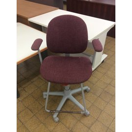 Padded mauve counter height Chair on castors (12/10/18)