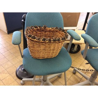 Large Basket with pine cone decoration (1/14/19)