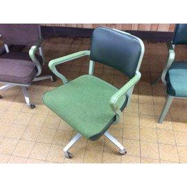 Green steelcase desk chair (2/6/19)