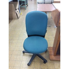 Green rolling desk chair no arms 2/14/19