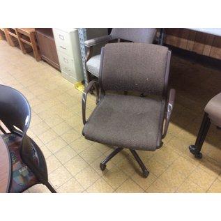 Brown desk chair (5/30/19)