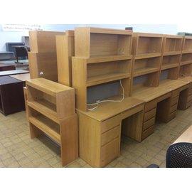 """24x42 1/4""""x 72 1/2"""" Wood 4 drawer student desk w/hutch 8/25/21)"""