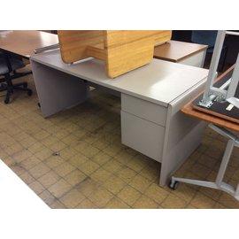 """30x66x29 1/2"""" Gray R/ped desk (8/21/19)"""
