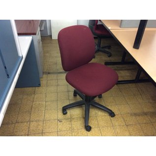 Maroon desk chair (8/28/19)