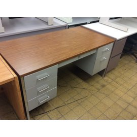"30x60x29"" Lt gray dbl ped steelcase desk (3/4/21)"