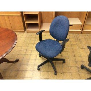 Blue desk chair (11/14/19)