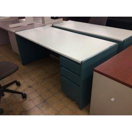 "30x70x29 1/2"" Teal Metal R/ped desk (11/20/19)"