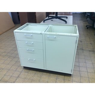 "21 3/4x42x35 1/2"" Beige metal lab cabinet (1/8/2020"