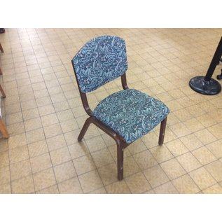 Green leaf pattern wood frame dining chair (1/9/2020)