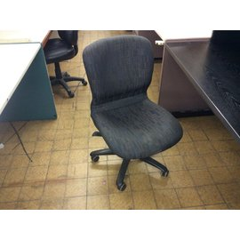 Black pattern desk chair (1/29/21))