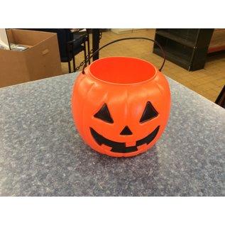 Orange plastic pumpkin (3/23/2020)