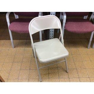 Tan metal folding chair (4/20/2020)