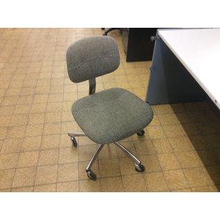 Gray pattern desk chair (10/21/2020)
