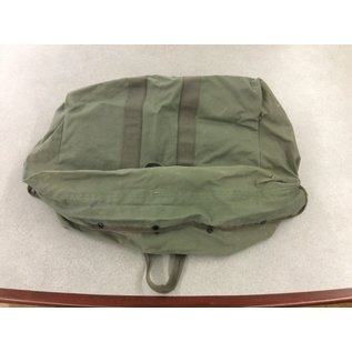 Large green canvas duffle bag (4/24/2020)