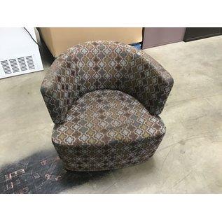 Multi pattern swivel lounge chair (10/8/20)