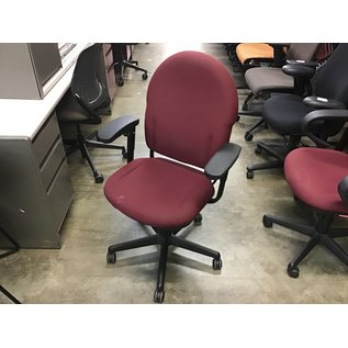 Maroon padded desk chair (10/13/2020)