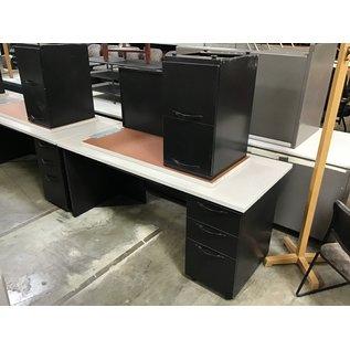"""29 1/2x66x29 1/2"""" Gray/black R/ped L/return metal desk (10/13/2020"""