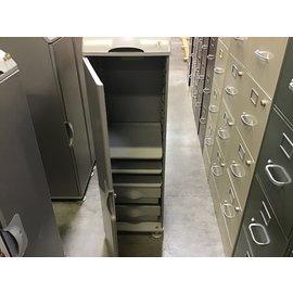 18x15x48 Personal storage locker (10/14/20)