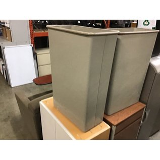 Large gray rectangle trash can (10/15/2020)