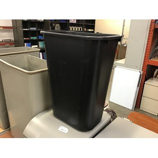 Large black plastic trash can (10/15/2020)