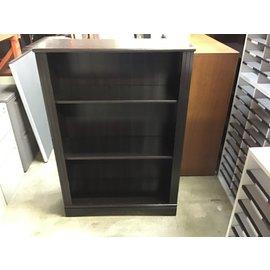 12x30 1/2x44 1/2Brown wood 3 shelf bookcase (10/15/20)